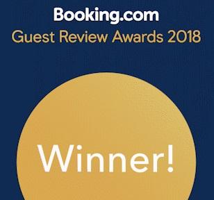 Booking.com winer (1) recortado